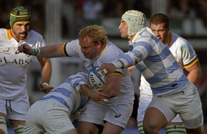Springbok hooker Adriaan Strauss defends the ball