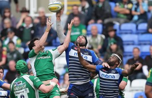 Andrei Ostrikov wins line out ball for Sale Sharks