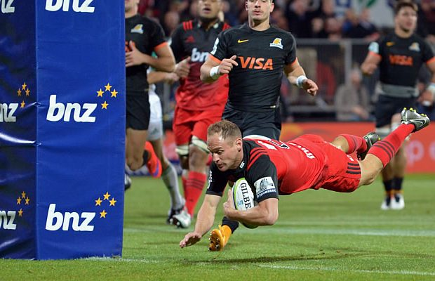 Andy Ellis scores a try for the Crusaders.