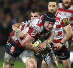 Ben Morgan attacks for Gloucester