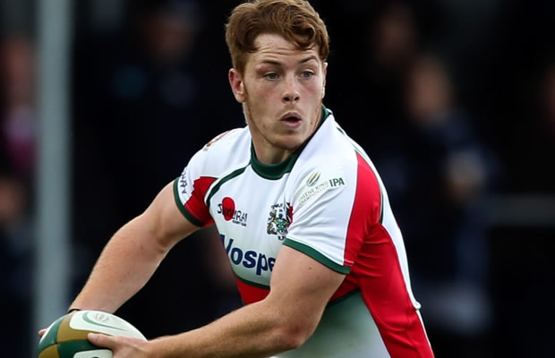 Dan Mugford in action for Plymouth Albion