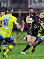 Toulon thump Top14 leaders Clermont