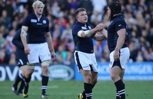 Duncan Weir (c) starts for Scotland