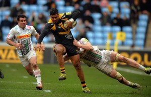 Frank Halai on the charge for Wasps