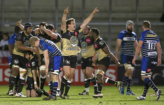 South African Frans Steyn celebrates victory