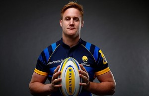 GJ Van Velze has re-signed with Worcester Warriors