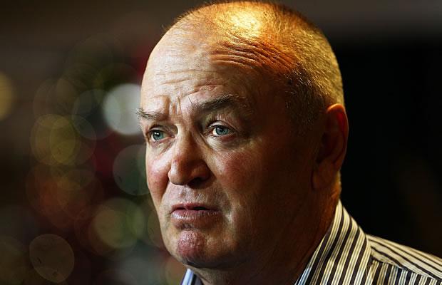 Graham Henry says England tried to copy the All Blacks