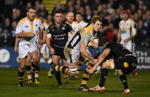 Joe Launchbury on the attack for Wasps against Bath