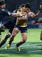Highlanders end losing streak to Brumbies