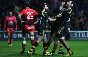 Nathan Hughes has extended his contract with Wasps