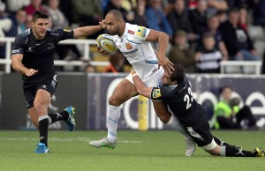 Olly Woodburn on the run for Exeter Chiefs