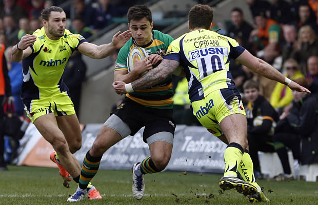 Tom Collins on the attack fort Northampton Saints