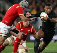Waisake Naholo scored two tries for New Zealand