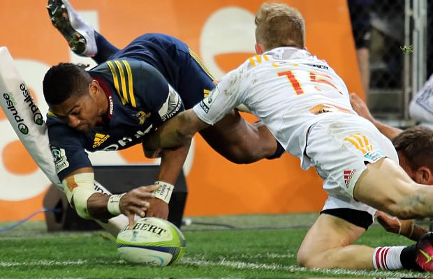 Waisake Naholo scores in the corner for the Highlanders