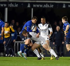 Zane Kirchner is tackled by Chris Cook of Bath