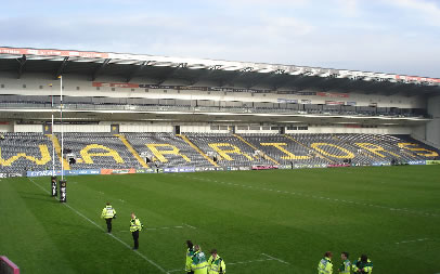 Worcester Warriors host Gloucester Rugby at Sixways Stadium