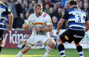 Chris Robshaw of Harlequins is confronted by David Wilson of Bath