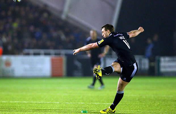 Craig Willis kicks a penalty goal for Newcastle Falcons