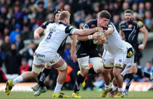 Dave Ewers on the charge for Exeter Chiefs