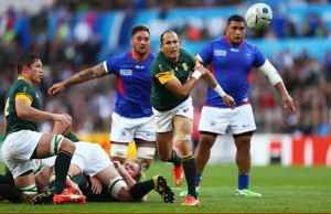 Fourie Du Preez clears the ball for South Africa against Samoa