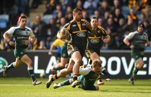 Frank Halai on the attack for Wasps
