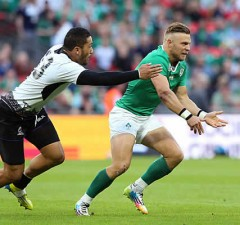 Ireland fly half Ian Madigan will leave Leinster