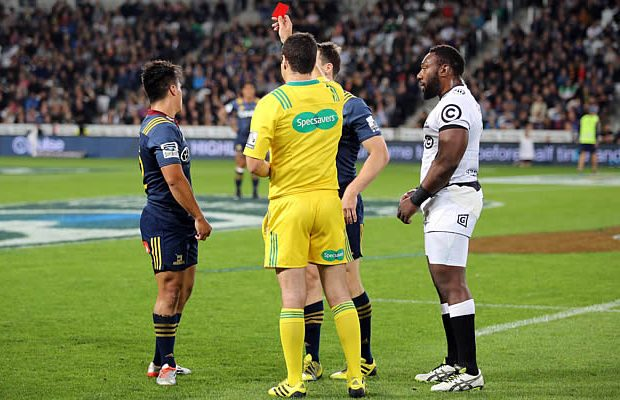Jason Emery is red carded for a dangerous tackle on Willie le Roux