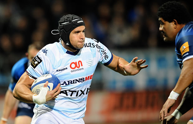 Juandre Kruger in action for Racing Metro