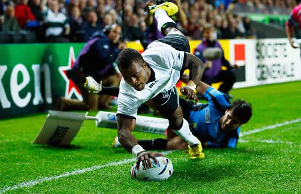 Nemia Kenatale scores a try for Fiji