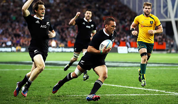 Aaron Cruden has been named to start for the All Blacks