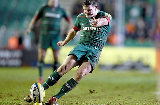 Freddie Burns has extended his stay with Leicester Tigers