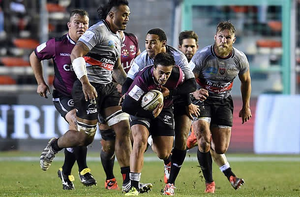 Heimar Williams defends the ball for the Sharks against Toulon
