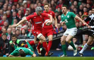 Jonathan Davies has signed an NDC with Wales and the Scarlets