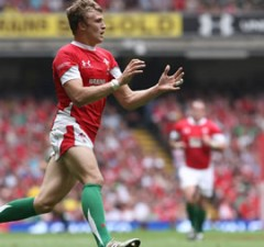 A knee injury has ruled Tom Prydie out for months